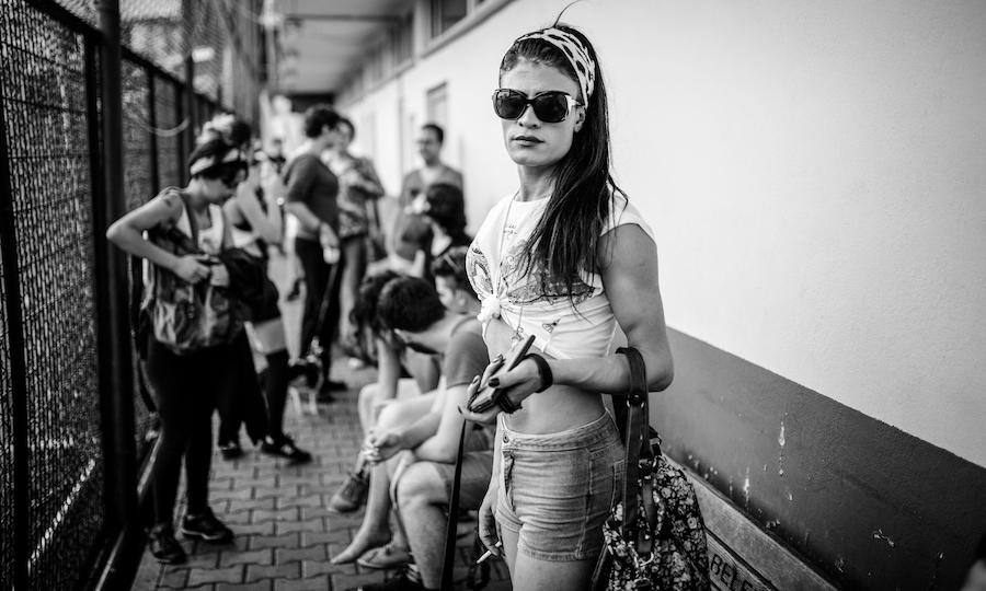 LGBTI-ONUR-AYI-TRANS-ONUR-HAFTASI-IBNELER-DONMELERE-KARSI-FUTBOL-MACI-BW-HAZIRAN-2015-FOTO-VEDAT-ARIK-04.jpg